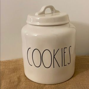 New Rae Dunn COOKIES jar with lid